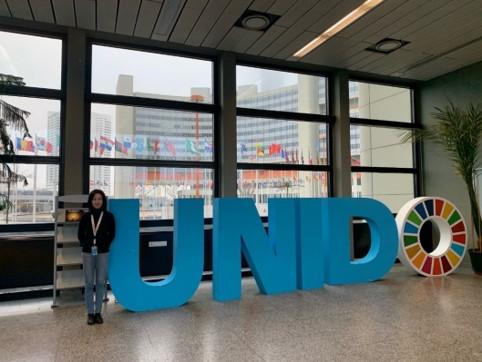 国際連合工業開発機関(UNIDO)のオフィスにて