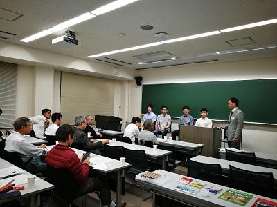 10月18日の実験機見学会。参加者との質疑応答