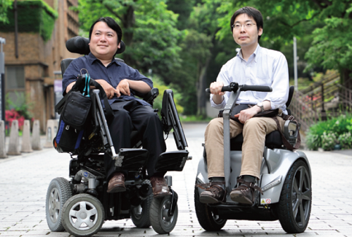 熊谷准教授(左)と研究パートナーの並木准教授(IAP担当)(右)